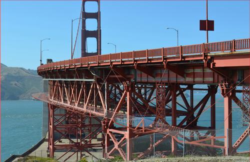 Golden Gate Bridge suicide barrier rendering