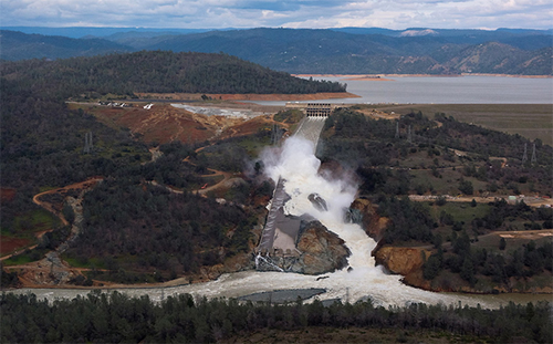 Damage to Oroville main spillway
