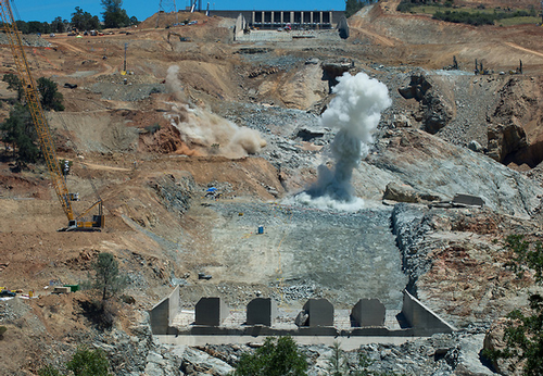 Dry Spring Speeds Oroville Repairs : PaintSquare News