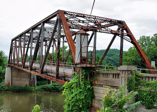 Old Hi Carpenter Bridge