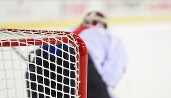 PPG Offers Coating to NHL Goal Posts
