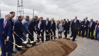 Mock Groundbreaking Staged for Portal Bridge