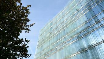 Geneva Office Building Features Distinctive Facade
