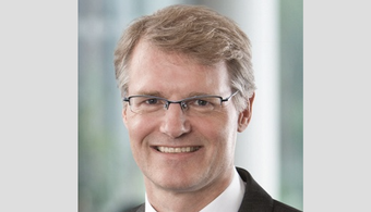AkzoNobel Taps de Vries as New CFO