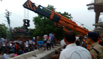India Bridge Collapse Kills 18