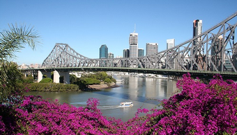 Australia Bridge to be Repainted for the First Time