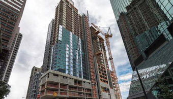 1ca8d33540 'Leaning' NY High-Rise Sparks Lawsuit