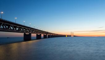 Øresund Bridge Painting Begins